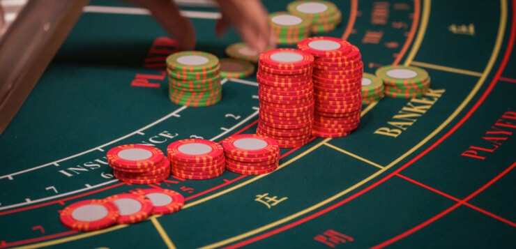 baccarat table chips