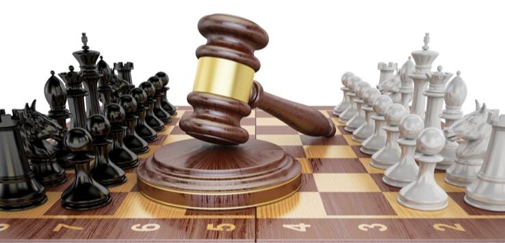 chess board gavel