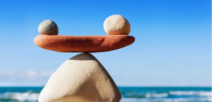 rocks balancing