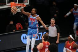 kevin durant dunks